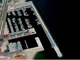 Port esportiu de Badalona